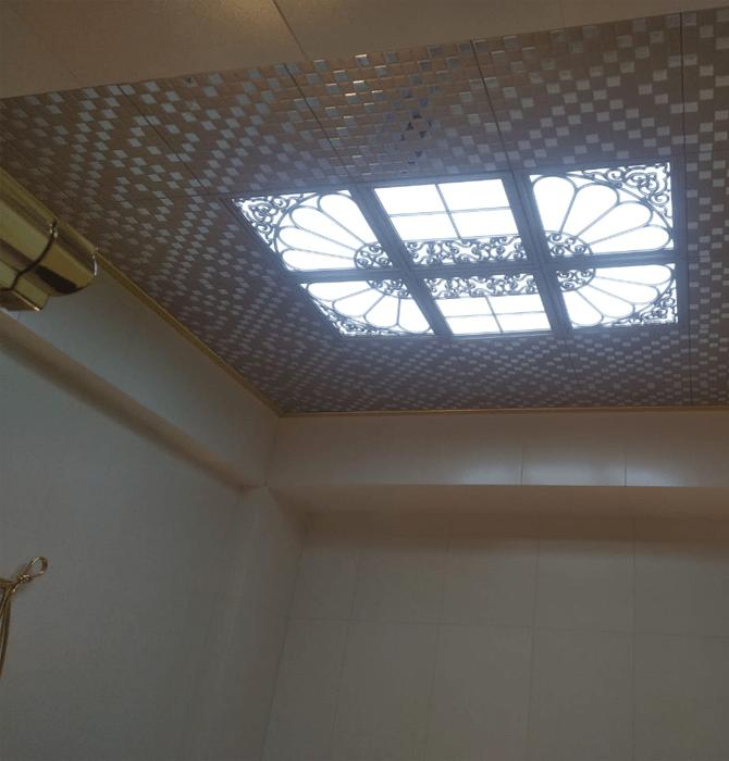 Подвесной кассетный потолок на кухне